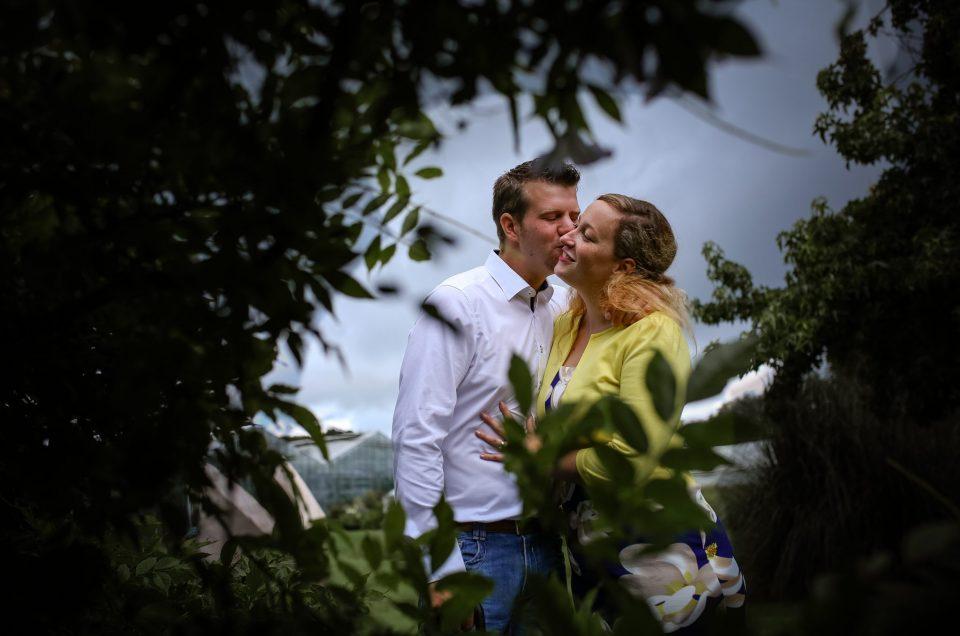 Maartje & Jelle ~Loveshoot ~ Pre-wedding shoot Botanische Tuinen te Utrecht